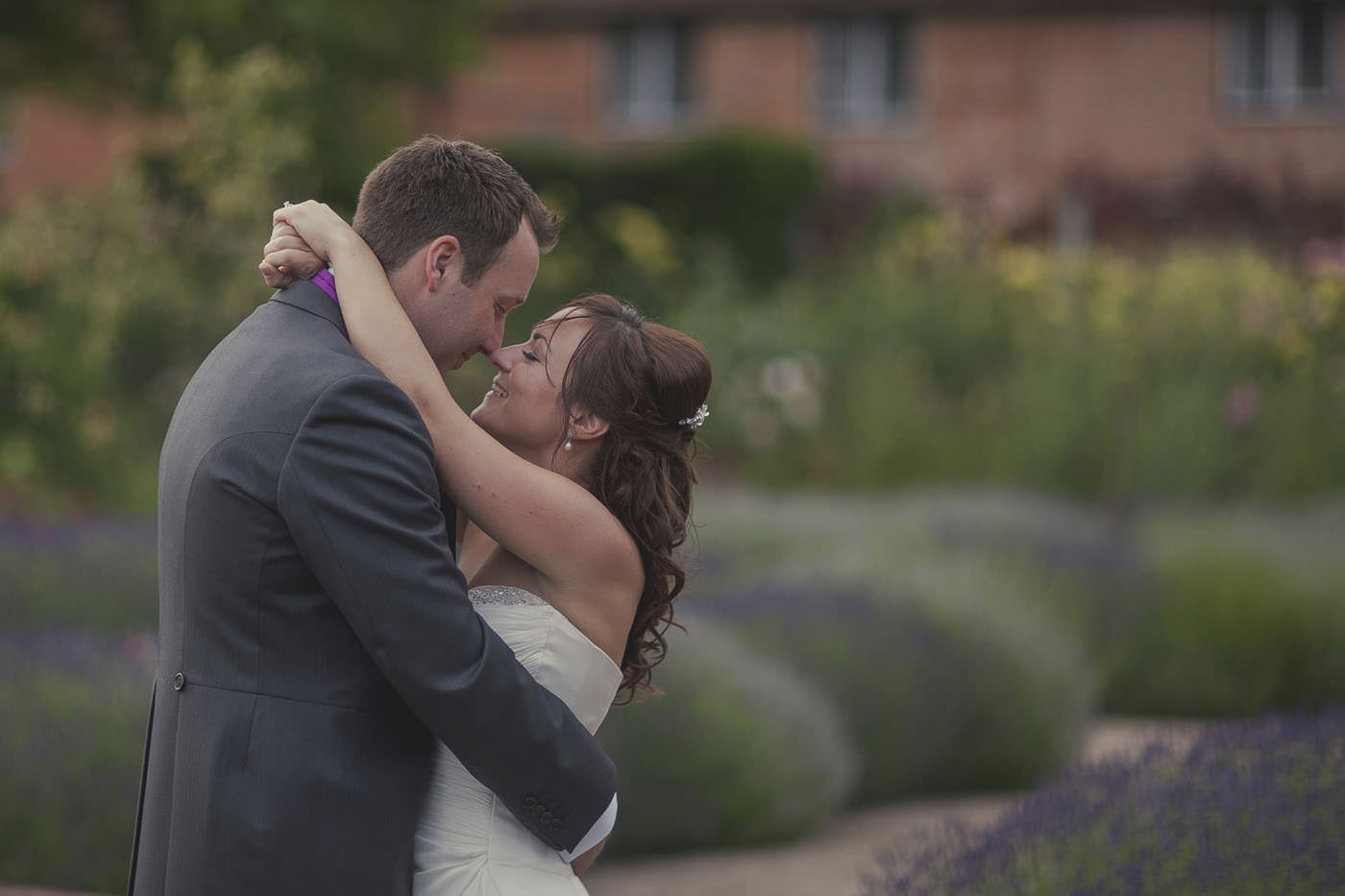 chrissarah walled garden midhurst wedding photographer 0131