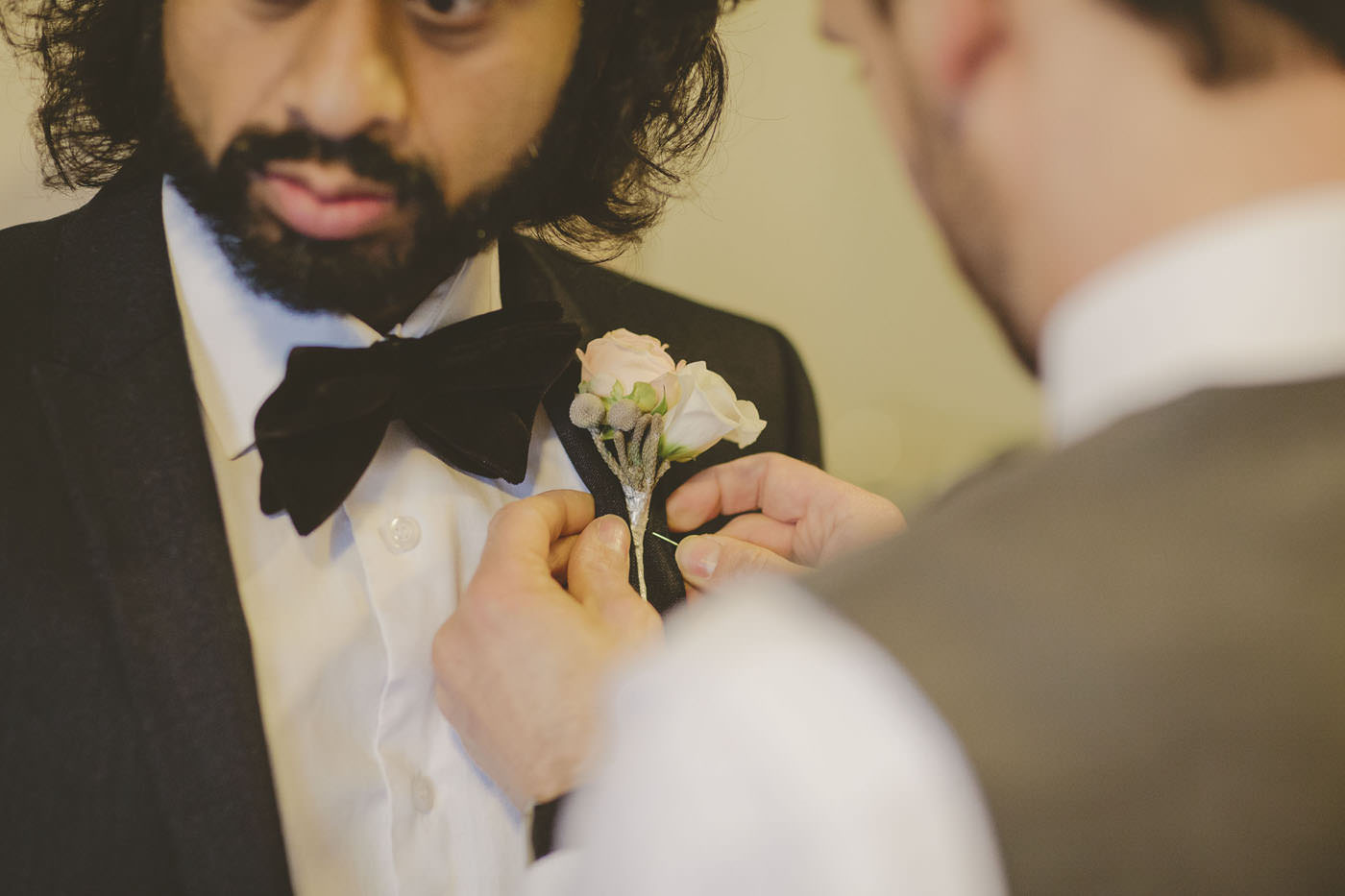 edmundjasveen burford bridge hotel wedding photographer 0010