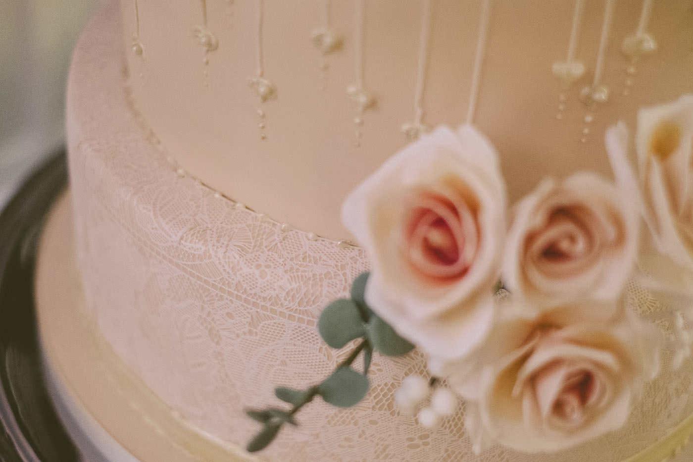 edmundjasveen burford bridge hotel wedding photographer 0097